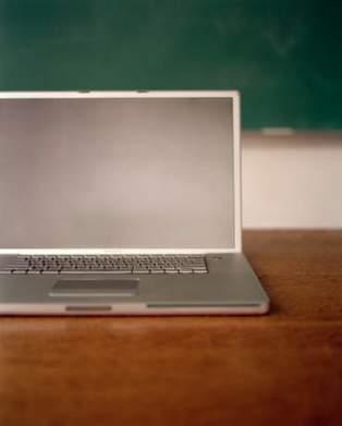 Goodbye, Chalkboard — Hello, Chat Room   A Librarian's MOOC Scrapscoop   Scoop.it