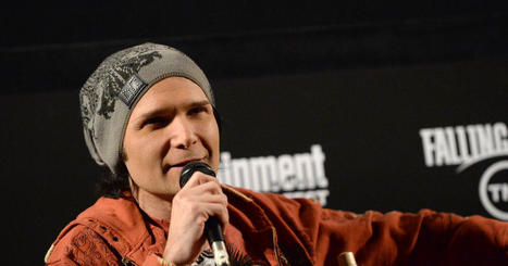 "Corey Feldman on child sex abuse in Hollywood: ""I would love to name names"" - CBS News 