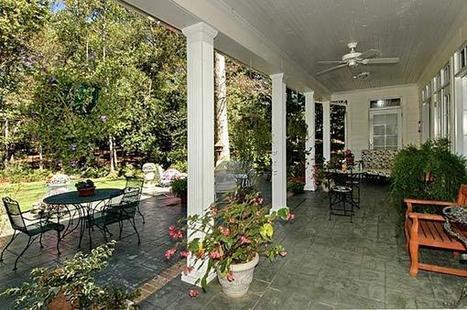 Porch-small.jpg (600x399 pixels) | Ashley's Interior Design ideas | Scoop.it