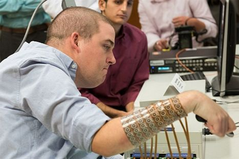 Tétraplégique, il retrouve l'usage de sa main grâce à une puce bionique   qrcodes et R.A.   Scoop.it