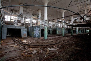 Berlin's Tresor owner tours abandoned warehouse in Detroit for future megaclub | DJing | Scoop.it