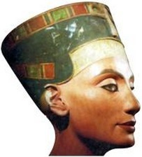 New DNA analysis suggests Nefertiti was King Tut's mom - Egyptologieplus.net | Égypt-actus | Scoop.it