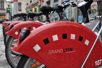 100 Vélo'V à l'arrivée du Tour de France à Lyon - LyonCapitale.fr   velocosm   Scoop.it