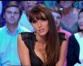 Demotivateur.fr   Promesse tenue, Doria Tillier a poil au Grand Journal !   Le Web de Max   Scoop.it