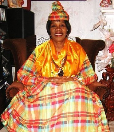 Dominican in London receives OBE from Queen | Commonwealth of Dominica | Scoop.it