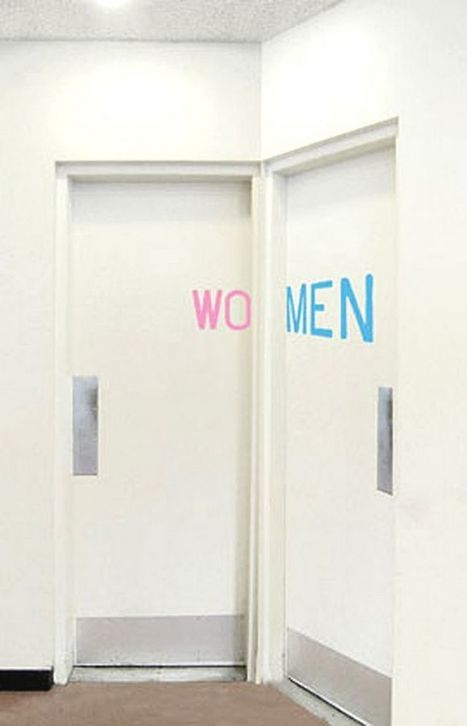 A collection with the world's funniest toilet signs | Xposed | Scoop.it