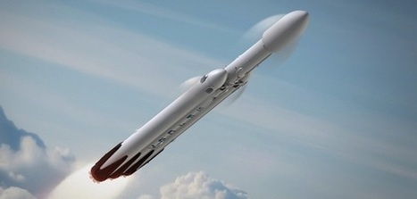 Battle of the Collossi: SLS vs Falcon Heavy   The Space Review   The NewSpace Daily   Scoop.it