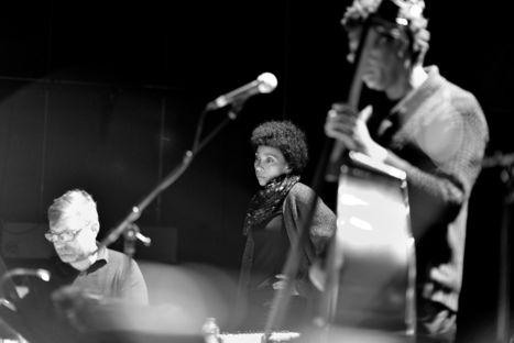 La Cie Loufried porte la poésie d'Edouard Glissant, dans une épopée jazz vibrante. | Saison Rocher de Palmer | Scoop.it