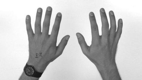 Video of recursive handillusions | The brain and illusions | Scoop.it