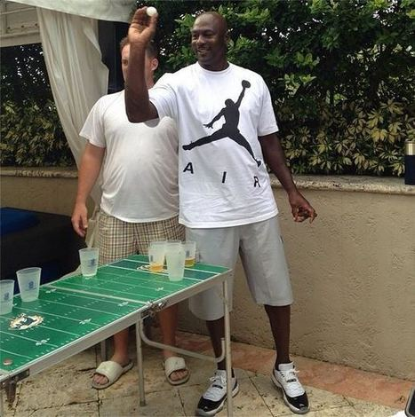 Here's a Picture of Michael Jordan Playing Beer Pong - Front Page Buzz | ESPNTMZ | Scoop.it