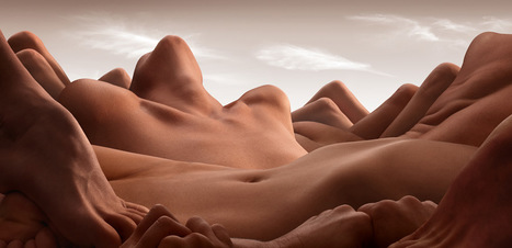 Bodyscapes ♦ Valley Of The Reclining Woman ♦ Photo by Carl Warner | #MiAmor ♥ Sexe & diversité : libertés dangereuses ? | Scoop.it