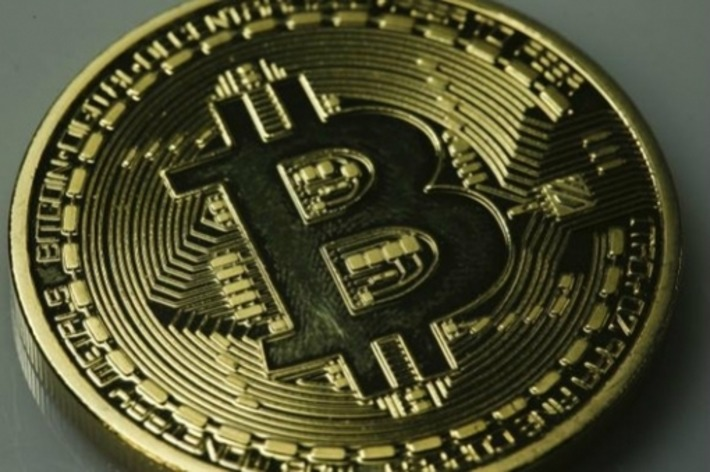 PayPal Engulfing Bitcoin: A Better Way to Process Online Payments | money money money | Scoop.it