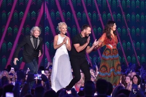 Watch Little Big Town Cover Oasis' 'Wonderwall' | Country Music Today | Scoop.it