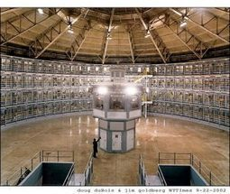Foucault and social media: life in a virtual panopticon | The Next Edge | Scoop.it