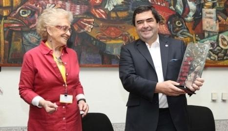 Raúl Echeberría recibió el Premio Trayectoria 2015   LACNIC news selection   Scoop.it