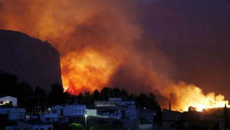 Valencia fire out of control as 1,600 people evacuated | Family Life In Spain | Scoop.it