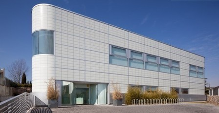 [Madrid, Spain] Sports Club / GEO Arquitectos | The Architecture of the City | Scoop.it