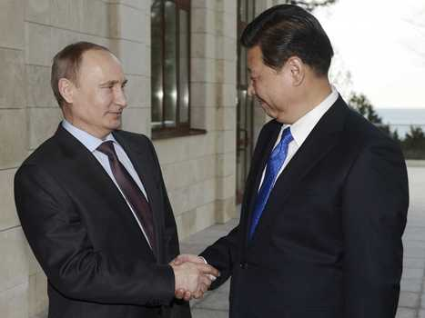 Dollar Fading: Russia switching contracts to Renminbi and other Asian currencies | News | Scoop.it