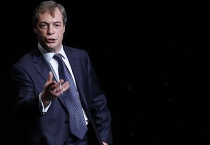 PARLEMENT EUROPÉEN • Le groupe de l'Ukip dissous, un revers pour son dirigeant | Triangle Rouge - Résistez aux idées d'extrême droite | Scoop.it