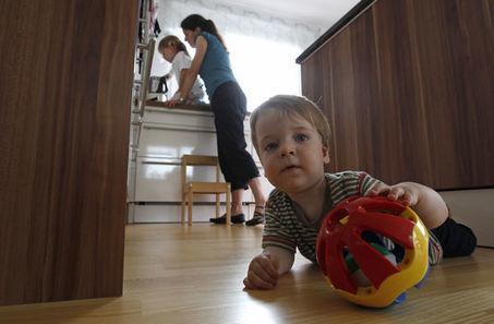 Tâches ménagères : les inégalités ont la vie dure | DELF et DALF | Scoop.it