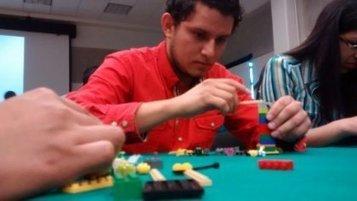 Enseñan a ser emprendedores mediante dinámicas | LEGO SERIOUS PLAY & tuXc Coaching | Scoop.it