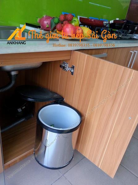 Phụ kiện thùng rác âm tủ bếp dưới Wellmax   bepankhanggiare   Scoop.it