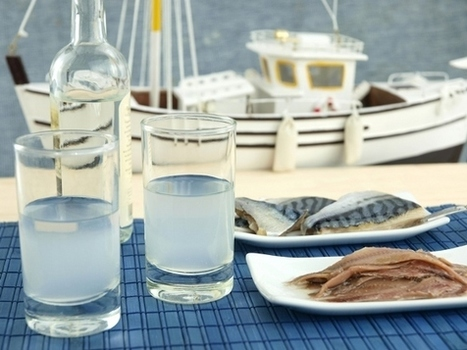 #Ouzo #traditional #Greek #anise #spirit | travelling 2 Greece | Scoop.it