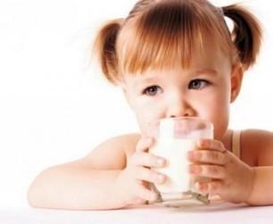 Il ne faudrait pas donner plus de deux verres de lait à un enfant (en Amérique du Nord) | Actualités & Tendances | Scoop.it