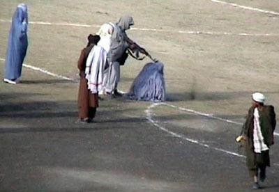 Execution of Zarmeena | A Thousand Splendid Suns - Afghanistan | Scoop.it