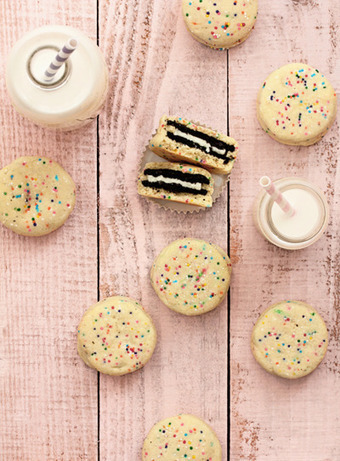 Oreo Stuffed Funfetti Cookies | Food-Smut | Emily's CE Project, Tea Party for Friends | Scoop.it