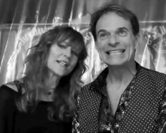 David Lee Roth Video Endorses Van Halen Lullaby Album | #classicrock | Scoop.it