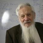 Jerusalem high school students get Nobel Prize winner as teacher   Jewish Education Around the World   Scoop.it