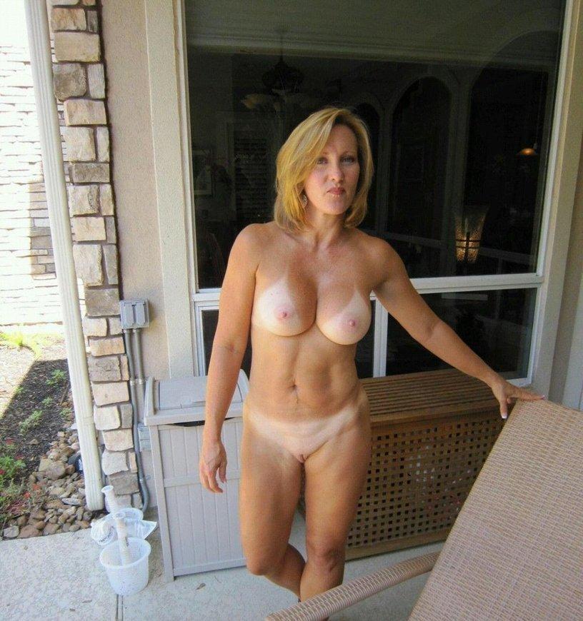 голые дамы фото видео