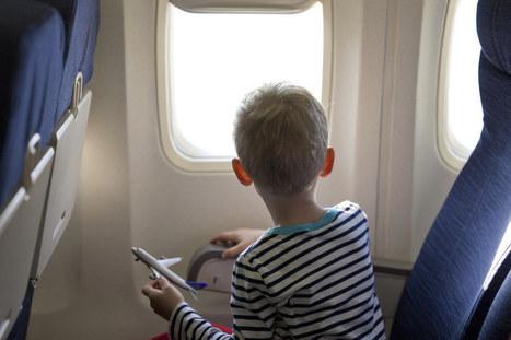 Viaggiare in aereo con i bambini? Ecco tutti i consigli utili - alfemminile.com | Vacanze e viaggi | Scoop.it