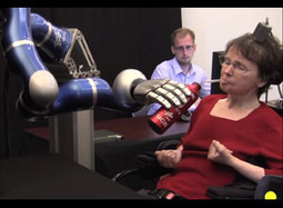 Paralyzed Woman Controls Robotic Arm With Her Thoughts   Singularity Hub   Longevity science   Scoop.it