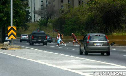 Por si #NoLoSabías… Señalan que #Caracas se tornó en una gran zona roja #Reportaje | Caracasos | Scoop.it