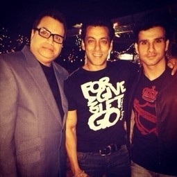 Salman Khan's 48th Birthday Party Pictures at Panvel | Bollywood Movies, Videos, Photos, Events | Scoop.it