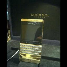 FOR SALE:BLACKBERRY PORSCHE P'9981 GOLD DESIGN APPLE IPHONE 5 64GB 32GB 16GB - Maxi24 UAE | Mexico SIM Card | Scoop.it