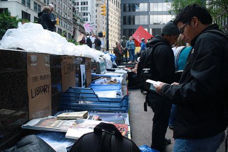 Occupy Wall Street : les 5554 livres de la bibliothèque à la poubelle | enssib | Bibliothèque et Techno | Scoop.it