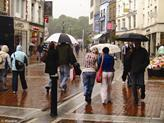Chilly weather helps clothing sales | News and Insights from the Marketing World | Scoop.it