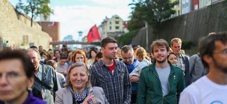 Slováci a potraty: Čím starší, tým viac pro-life | Správy Výveska | Scoop.it