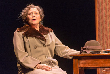 Cherry Jones Returns to Broadway in The Glass Menagerie - City Guide Magazine   Business Services in New York City, NY New York Business Listings   Scoop.it