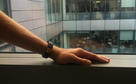 Nudge, un bracelet connecté qui regroupe vos notifications   MI Topic   Scoop.it