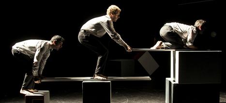 Encore une heure si courte : trois clowns acrobates extraordinaires ! | Revue de presse théâtre | Scoop.it
