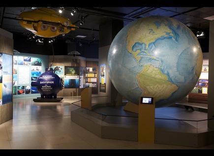 IL Y A 2 ANS...Le musée National Geographic teste le iBeacon pour enrichir les visites de sa nouvelle exposition | Ecriture mmim | Scoop.it