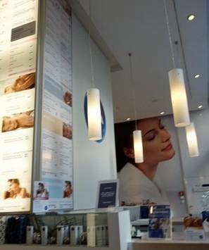 Berlin Flagship Stores Mix Community, Service & Experience [Pics] - PSFK | Retail et Numérique | Scoop.it