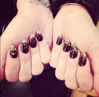 Demi Lovato's New Nail Art: Get Demi's Manicure - Cambio | The Nail Zone | Scoop.it