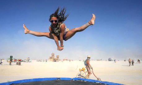 The surreal landscape of Burning Man 2013Pictures - CBS News | PlayaWear | Scoop.it