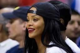 Bon sang, pourquoi Rihanna joue-t-elle avec les footballeurs ? | Football , actualites et buzz avec fasto-sport.com | Scoop.it