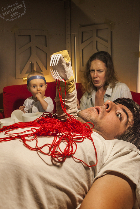 Awesome Parents Recreate Movie Scenes with Their Baby | Aucoindujour | Scoop.it